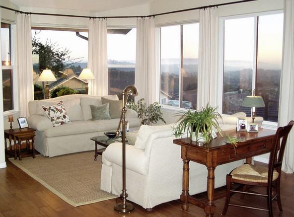 decoracao de interiores pequenos ambientes: estilo tradicional com pequenos elementos decorativos modernos