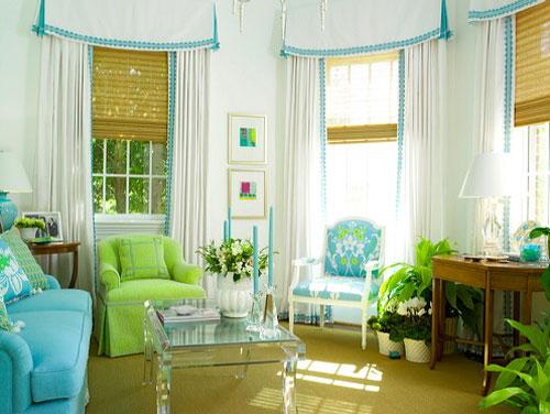 ambiente decorado com cores frescas