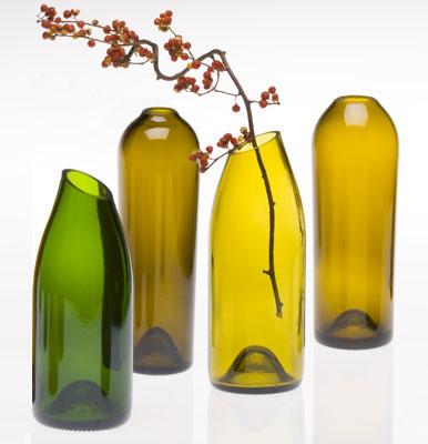 vasos decorativos criados a partir de garrafas