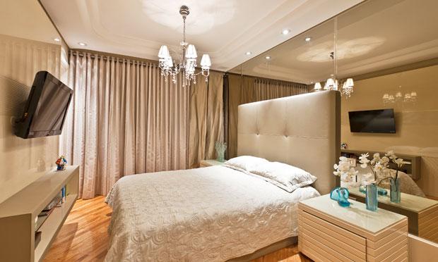 Decora o de quartos de casal for Casa moderna 4x4
