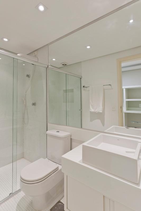decoração de banheiros de apartamento pequeno -> Banheiros Apto Pequeno