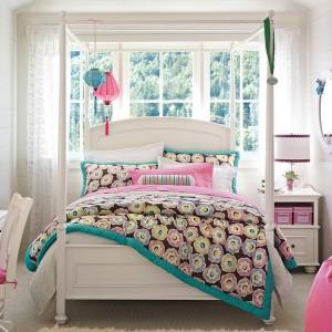 Fotos de decoração de quartos de solteiro femininos: