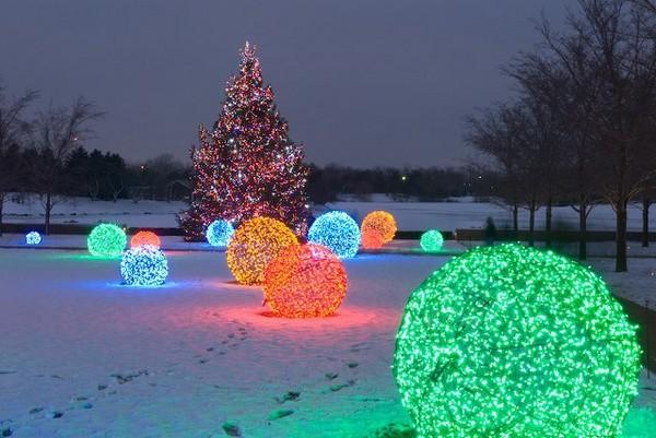 decorar-seu-jardim-com-luzes-de-natal-6