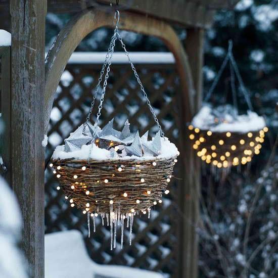 decorar-seu-jardim-com-luzes-de-natal-9