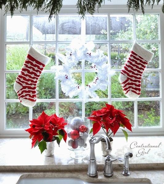 formas-festivas-de-pendurar-as-meias-de-natal-em-casa-10