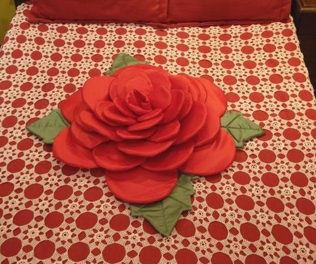 almofadas flores 12